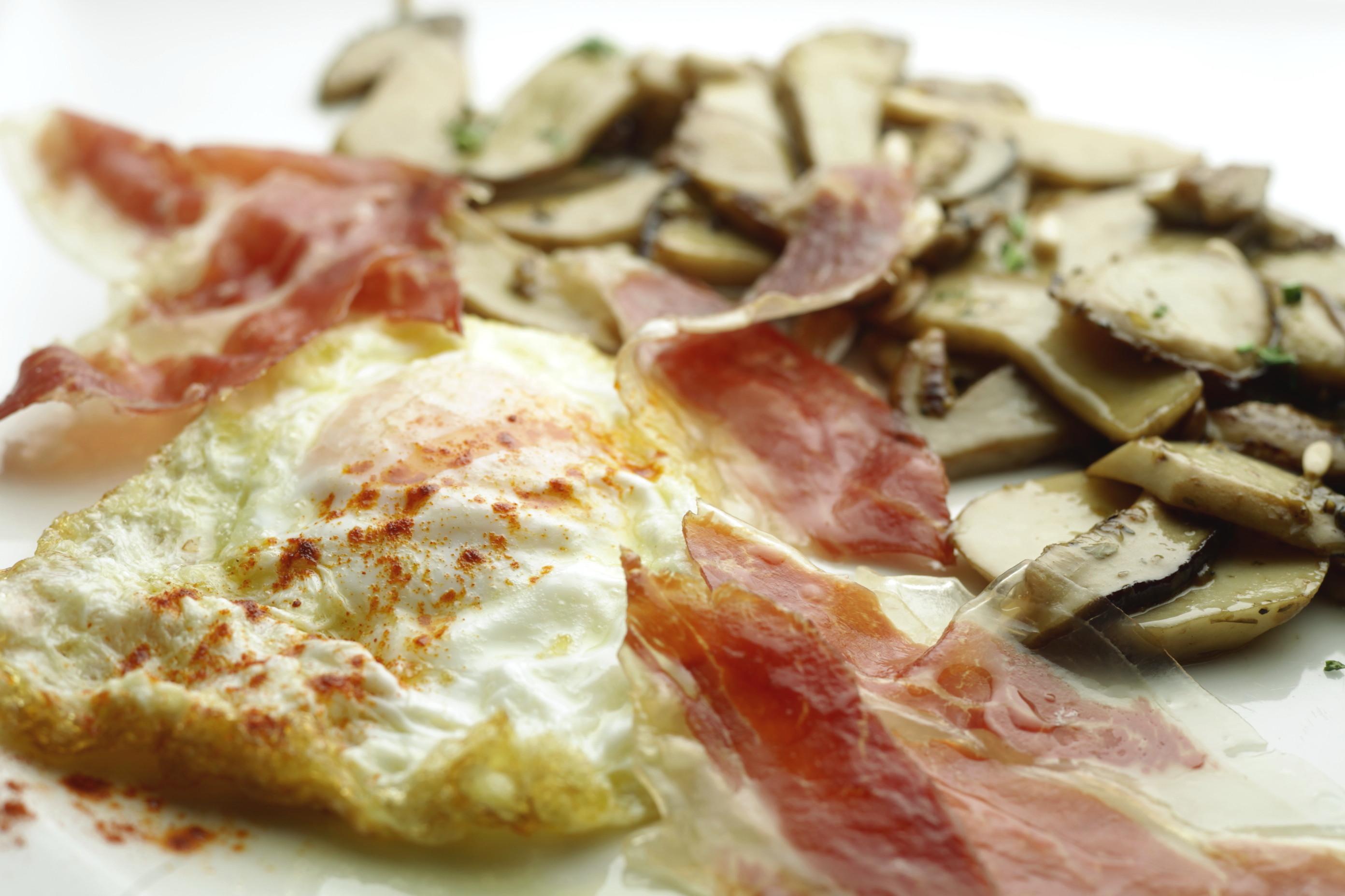 ous ferrats amb ceps bodega sepulveda